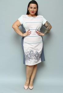 Sukienka KARKO z okrągłym dekoltem z tkaniny wyszczuplająca