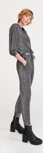 Srebrne spodnie Reserved w stylu klasycznym