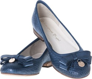 Niebieskie baleriny Lafemmeshoes z płaską podeszwą ze skóry w stylu casual