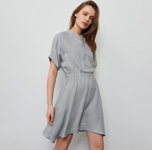 Sukienka Reserved w stylu casual mini