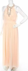 Różowa sukienka Young Couture by Barbara Schwarzer prosta z dekoltem halter