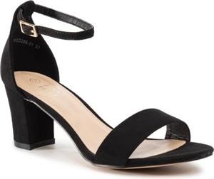 Czarne sandały Jenny Fairy na obcasie z klamrami na niskim obcasie