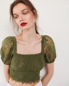 Zielona bluzka Reserved w młodzieżowym stylu z krótkim rękawem