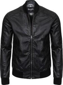 Czarna kurtka Wrangler w stylu casual ze skóry ekologicznej