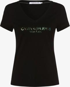Czarny t-shirt Calvin Klein w młodzieżowym stylu