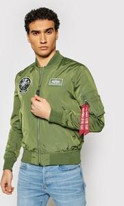 Zielona kurtka Alpha Industries w młodzieżowym stylu