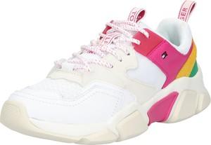Sneakersy Tommy Hilfiger z płaską podeszwą