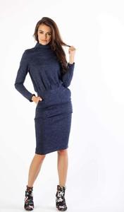 Niebieska sukienka Nommo z golfem w stylu casual z długim rękawem