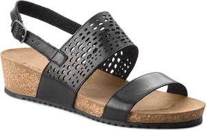 Sandały Lasocki ze skóry na niskim obcasie w stylu casual