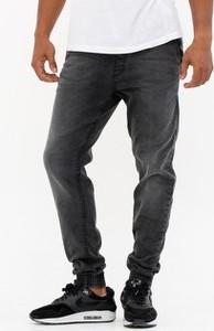 Czarne jeansy Smokestory z jeansu