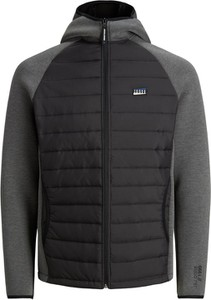 Czarna kurtka Jack & Jones w sportowym stylu