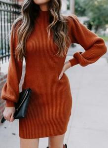 Brązowy sweter Sandbella z dzianiny