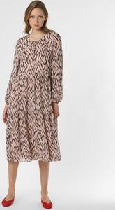 Różowa sukienka S.Oliver Black Label z okrągłym dekoltem