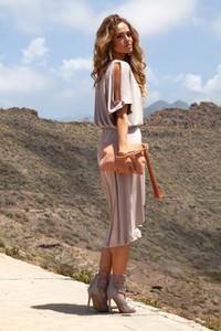 Sukienka Fimfi z okrągłym dekoltem w stylu casual