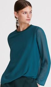 Zielona bluzka Reserved z długim rękawem z okrągłym dekoltem