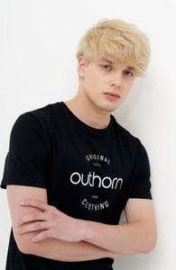 Czarny t-shirt Outhorn z krótkim rękawem z bawełny w młodzieżowym stylu