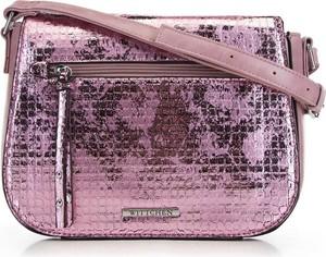 Różowa torebka Wittchen średnia na ramię w młodzieżowym stylu
