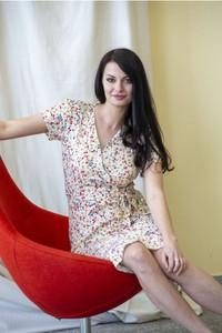 Sukienka butik-choice.pl z długim rękawem z dekoltem w kształcie litery v