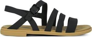 Sandały Crocs z klamrami z płaską podeszwą
