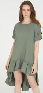 Zielona sukienka Unisono asymetryczna mini z bawełny