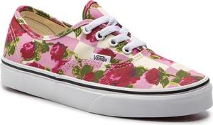 Różowe trampki Vans z płaską podeszwą