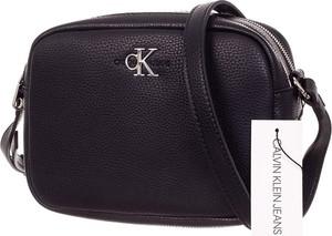 Czarna torebka Calvin Klein matowa