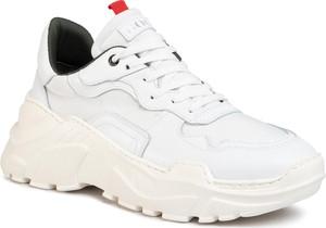 Buty sportowe Goe sznurowane ze skóry