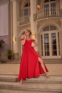 Czerwona sukienka Nifiko z dekoltem w kształcie litery v
