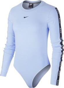 Bluzka Nike z długim rękawem w sportowym stylu z okrągłym dekoltem