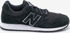 Granatowe buty sportowe New Balance sznurowane z płaską podeszwą ze skóry