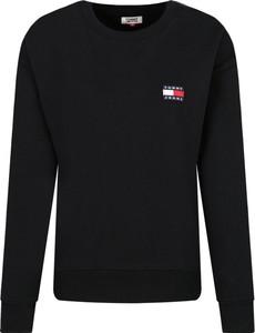 Czarna bluza Tommy Jeans krótka w stylu casual