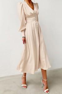 Sukienka IVET trapezowa z długim rękawem