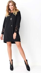 Czarna sukienka Makadamia z bawełny z długim rękawem z okrągłym dekoltem