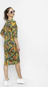 Sukienka Freeshion z dresówki oversize