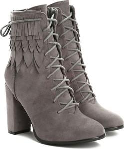 b27f7d31 Często robisz zakupy online? Sprawdź, jak idealnie dobrać buty!