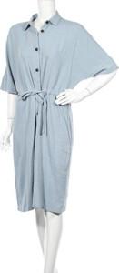 Niebieska sukienka Medicine