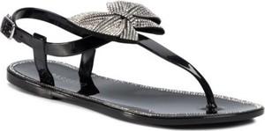 Czarne sandały Bassano z klamrami