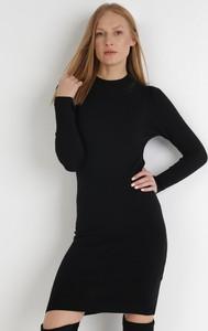 Czarna sukienka born2be z dzianiny