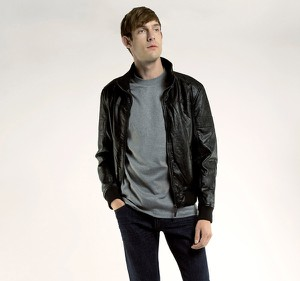 Czarna kurtka wittchen bez wzorów