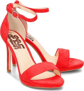 Sandały Refresh ze skóry ekologicznej w stylu klasycznym na szpilce