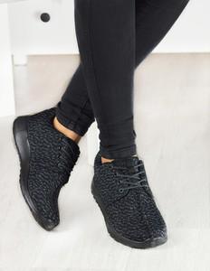 Czarne buty sportowe Damle z płaską podeszwą