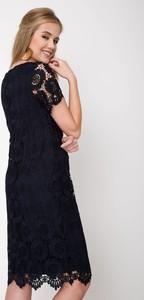 Granatowa sukienka QUIOSQUE mini z krótkim rękawem