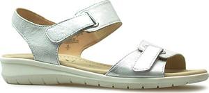 Sandały Caprice na niskim obcasie na rzepy w stylu casual