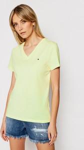 Zielony t-shirt Tommy Hilfiger z dekoltem w kształcie litery v