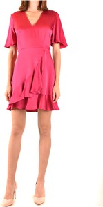 Różowa sukienka Twinset z krótkim rękawem z dekoltem w kształcie litery v mini