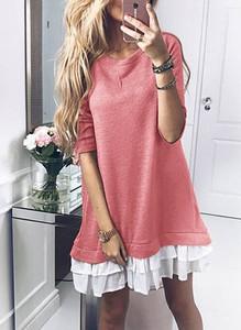 Różowa sukienka Sandbella mini dopasowana