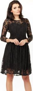 Czarna sukienka Infinite You z długim rękawem mini