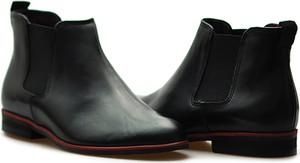 Czarne botki Ryłko z płaską podeszwą w stylu casual