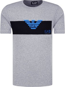 T-shirt Emporio Armani w młodzieżowym stylu z krótkim rękawem