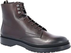 Brązowe buty zimowe Boss ze skóry sznurowane